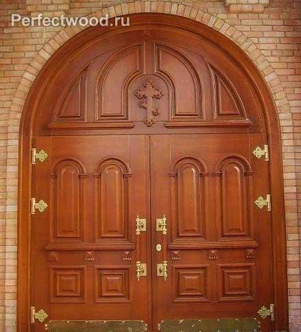 входные парадные двери для церквей